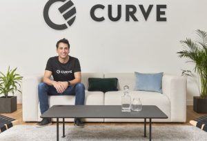 Fintech start-up Curve raises $95 million to bring its 'smart' payment card to the U.S.